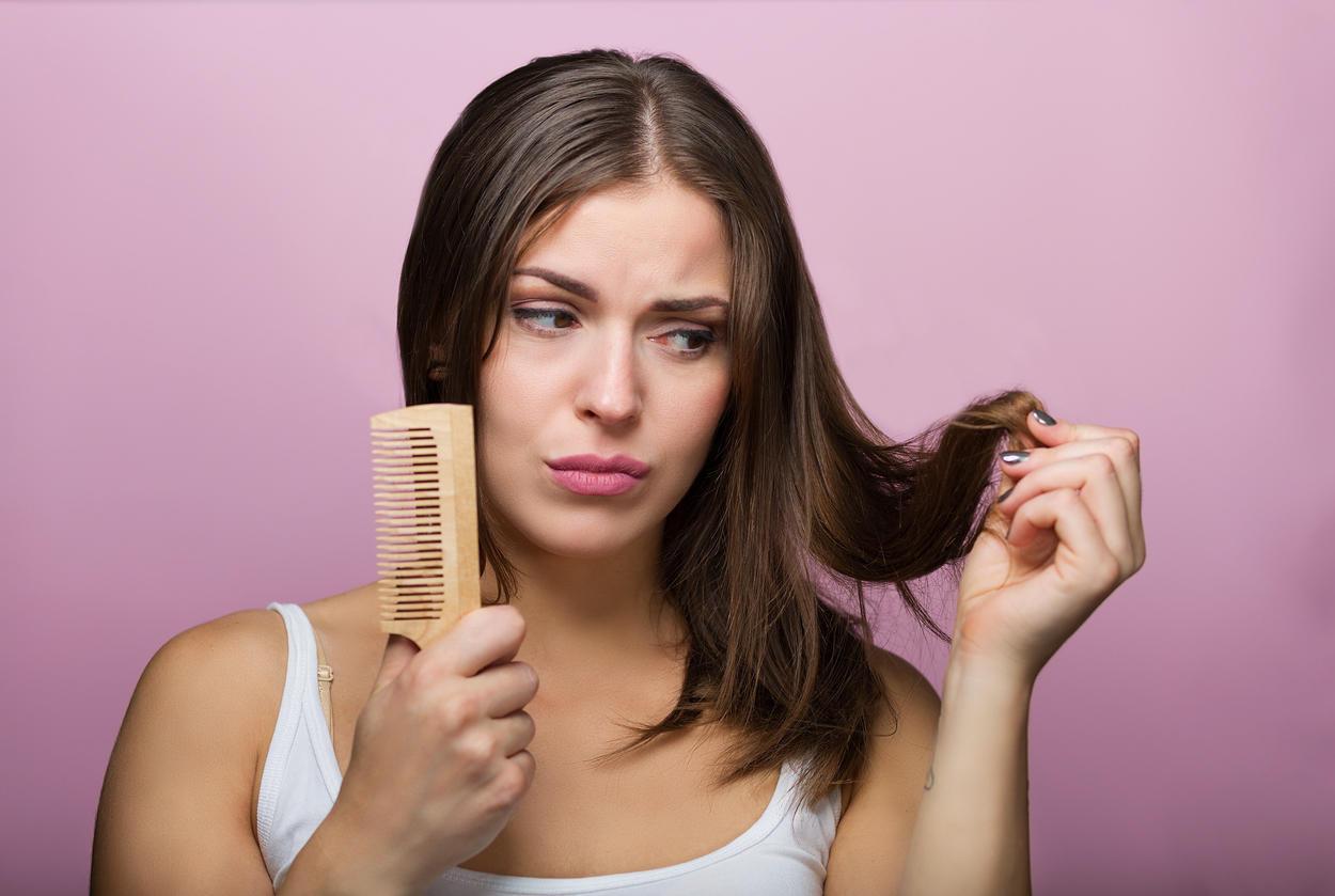chute de cheveux comment lutter contre la chute de cheveux. Black Bedroom Furniture Sets. Home Design Ideas